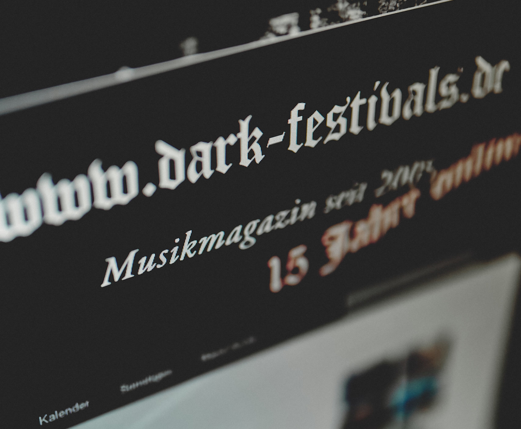 DARK-FESTIVALS.DE – Review Online!