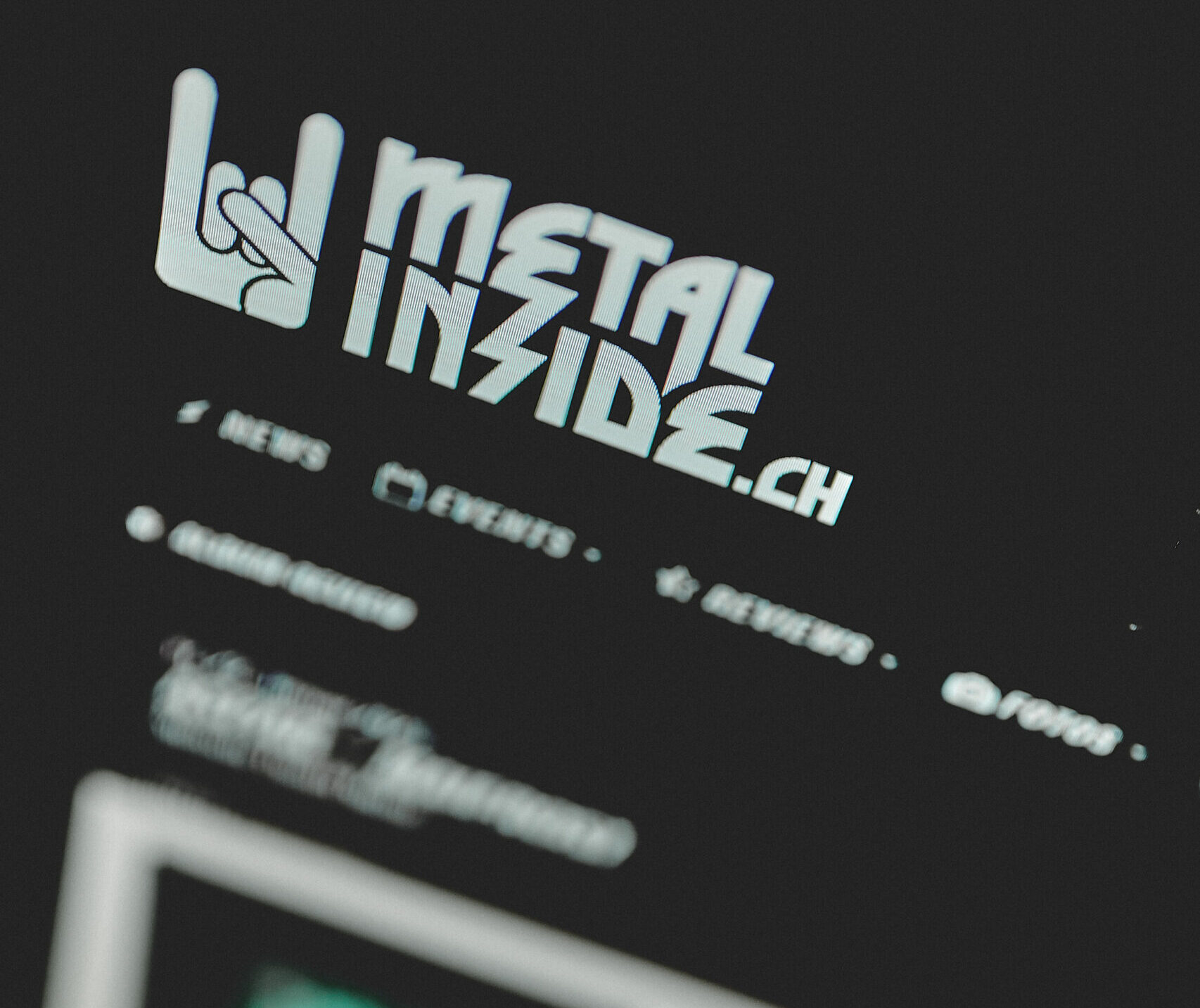 METALINSIDE.CH – Review Online!